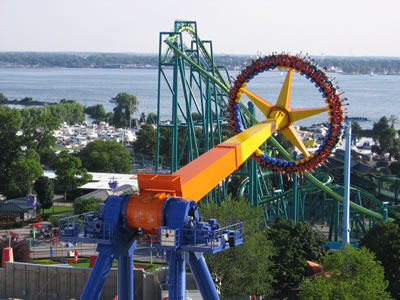 30 person thrill spinning pendulum ride