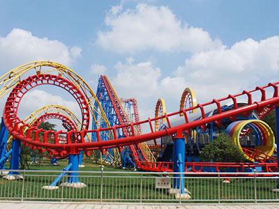 4loop-roller-coaster